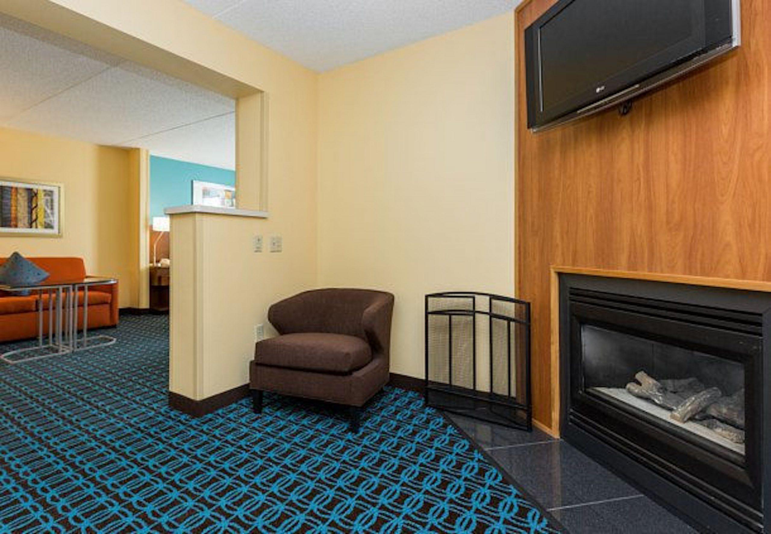 Fairfield Inn Des Moines King Suite